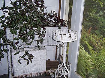 Wicker&new plantstand